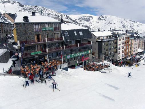 Gornolyizhnyiy-kurort-v-Andorre