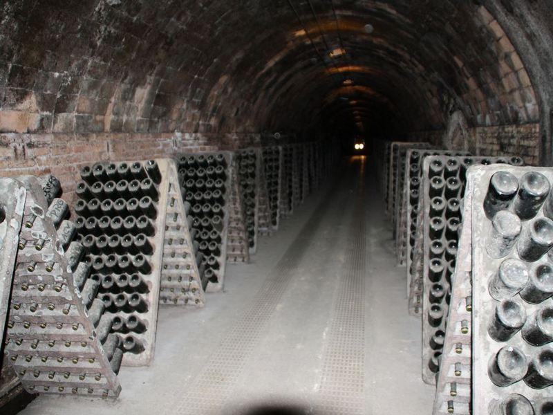 Экскурсии в винные погреба
